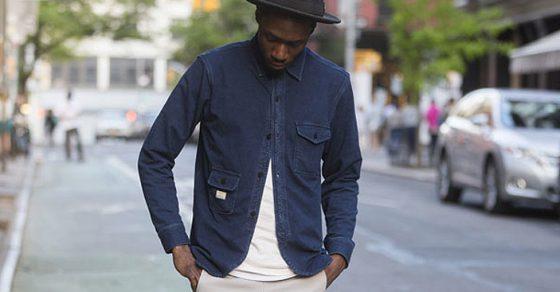 Street Style: Camisa abotonada en la mitad opuesta