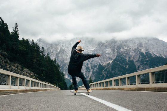 "Fotografía: ""Skateboard And Nature"" de Anze Østerman"